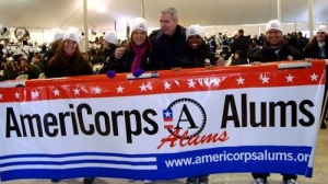 Alums banner